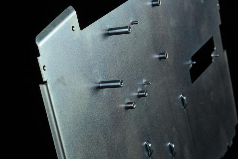 Expert sheet metal workers